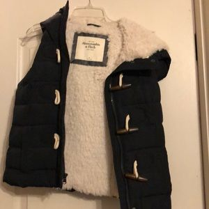 Abercrombie vest with Sherpa